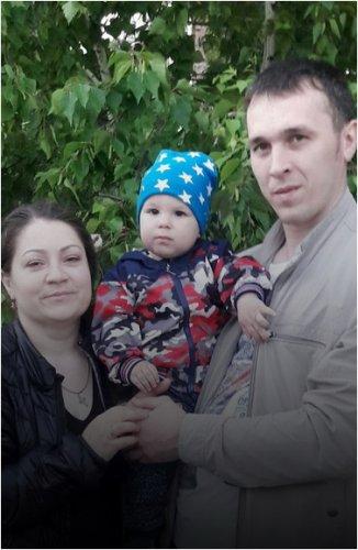 Счастье достижимо: Семья Мельниковых усыновила ребенка