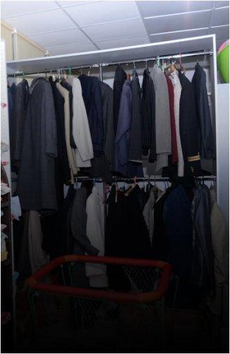 Поможем чем можем: Куда сдать старые вещи в Павлодаре?