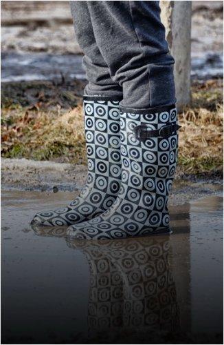 Павлодарцы могут сделать заявку на откачку воды на своей придомовой территории