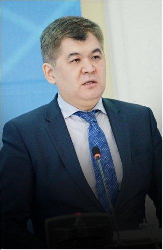 В Казахстане остро стоит проблема дефицита кадров в сфере здравоохранения