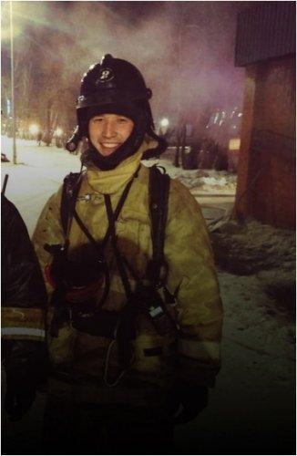Пожарный стал блогером, чтобы показать недовольным работу спасателей в Павлодаре