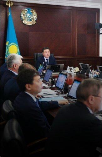 Акимату Павлодарской области поручено активизировать работу по обеспеченности сел питьевой водой