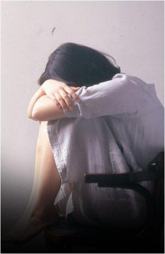 Жителя Аксу задержали за изнасилование собственной дочери