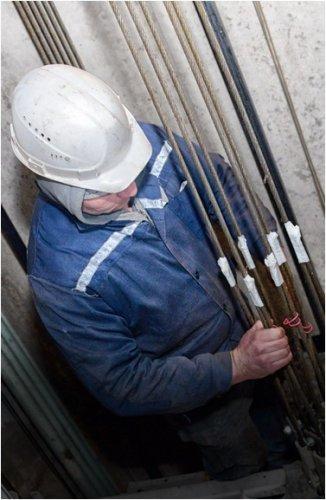 В Павлодаре приступили к модернизации лифтов