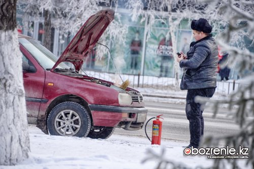 Автомобиль загорелся в центре города - социальный эксперимент