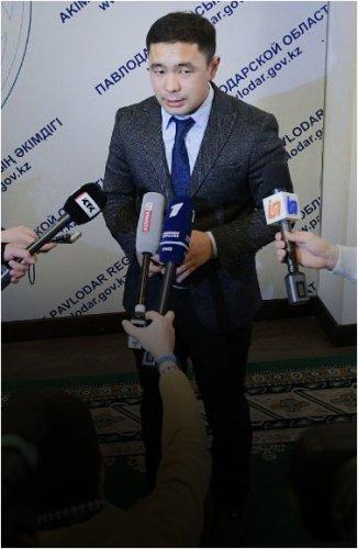 В акимате опровергли информацию о задержании Булата Бакауова