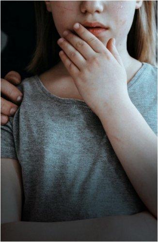 Мужчину, изнасиловавшего родную дочь, приговорили к 18 годам колонии