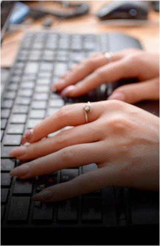Со следующего года все работодатели должны перейти на цифровые сделки