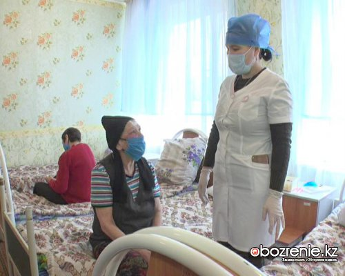 Бездомные проходят тест на коронавирус