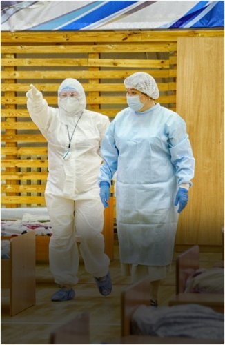 Жители Павлодара помогают медикам провизорного госпиталя