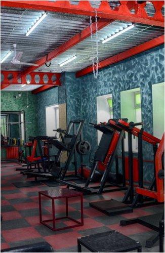 Фитнес-центры, салоны красоты: что будет работать на выходных?