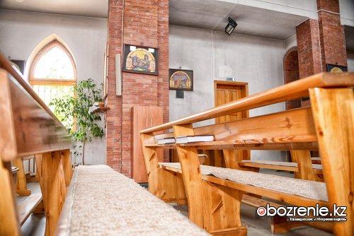 Под небом единым: экскурсия по мечети, собору и церкви
