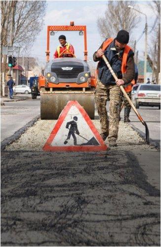 Ремонт дорог в Павлодаре планируют завершить к 15 октября