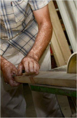 Мошенник выдавал себя за мастера по изготовлению мебели, а после предоплаты пропадал