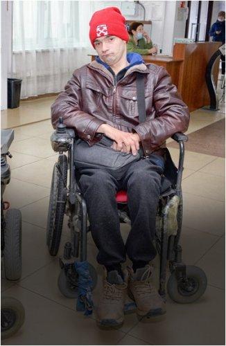 Двое инвалидов рискуют остаться на улице из-за отсутствия льготного жилья