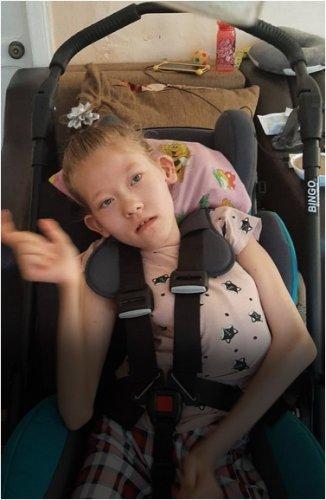 Девочка получила дорогостоящую коляску благодаря неравнодушным павлодарцам