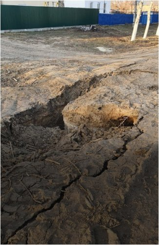 На отсутствие дорог и водопровода жалуются жители Успенского района