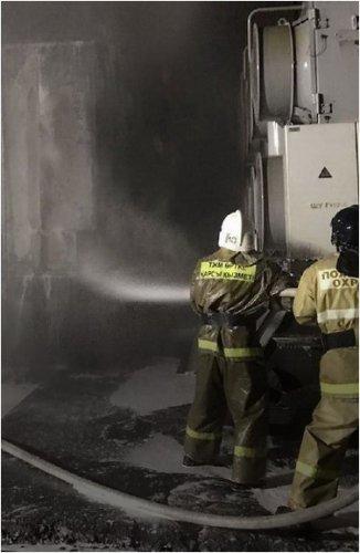 Трансформатор взорвался на ферросплавном заводе в Аксу